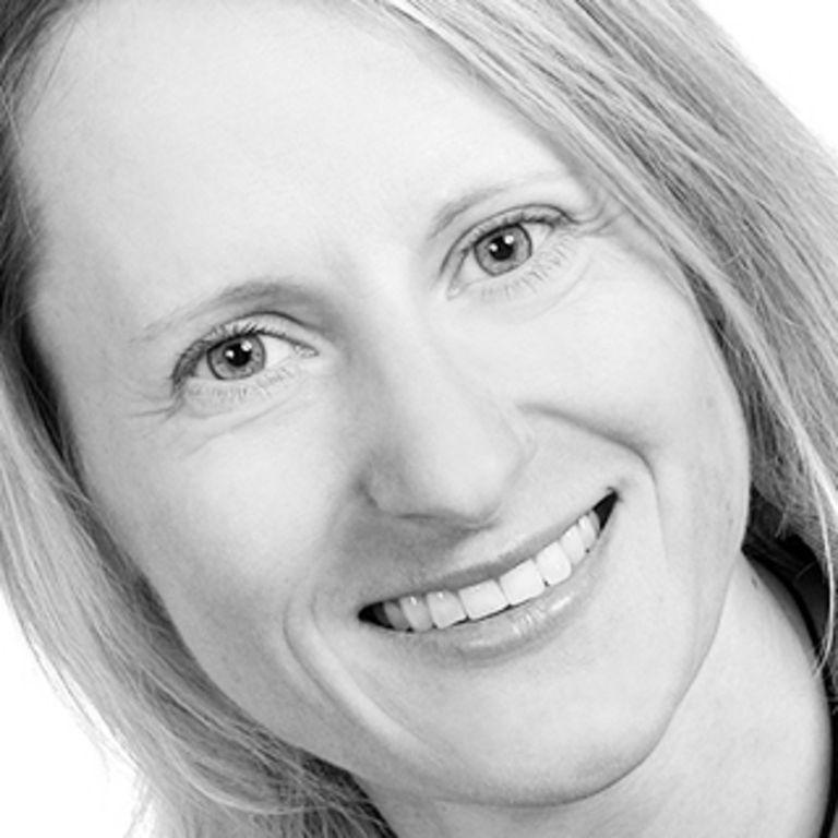 Dr. Katrin Adler